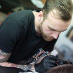 Sebastiaan Hess tattooing